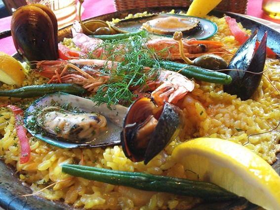 スペイン料理とワインの店 Arashida | 鎌倉市由比ガ浜
